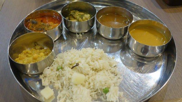 土日限定!本格派の南インド料理が楽しめるビュッフェ@水道橋