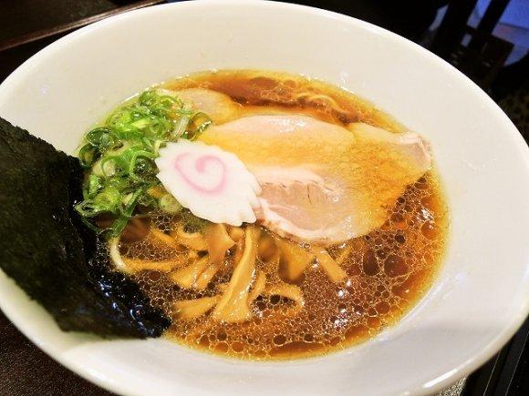 最高に美味しい醤油ラーメンの店14選!東京の人気店は観光にもおすすめ