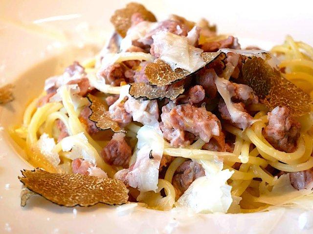 北と南で全然違う!2カ月毎に変わる各地の郷土料理を楽しむイタリアン