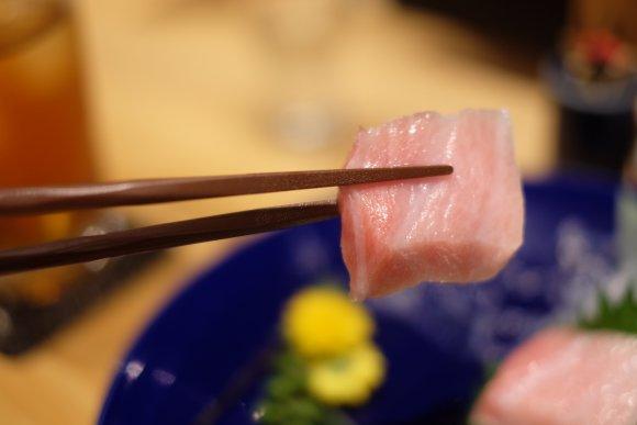 一度食べたら忘れられない!濃厚な「うにTKG」が旨い横浜駅近の隠れ家