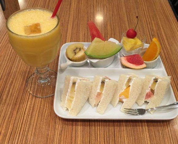 梅田で美味しいグルメを食べたい!人気ランチから名店酒場まで厳選10選