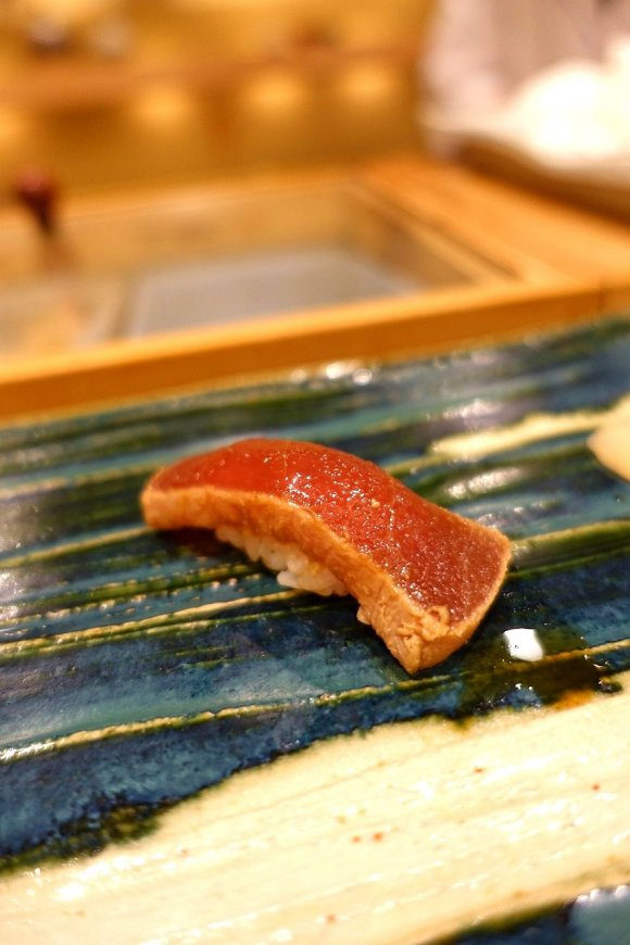 一流のカウンター鮨をなんと5000円で!地元民から愛される鮨の老舗