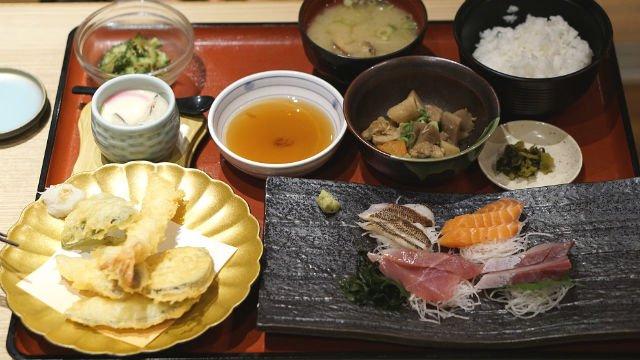 魚が美味すぎてごはんが止まらない!安くて品数の多い定食が味わえる店