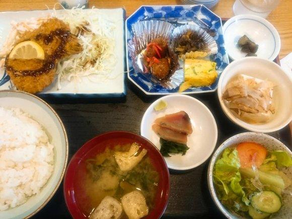 寿司屋なのに定番定食が充実!もちろんお寿司も美味しいハイコスパランチ