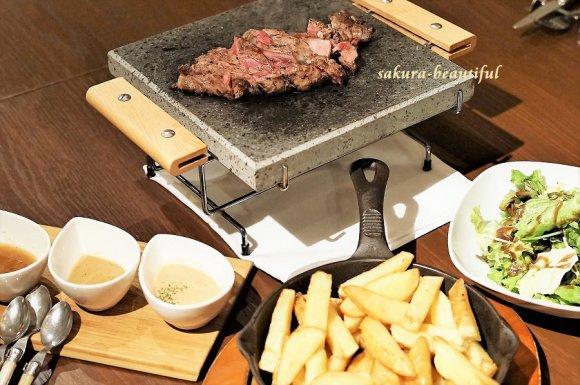 豪快な塊肉を自分好みの焼き加減で!とにかく肉が旨いパリ発肉ビストロ