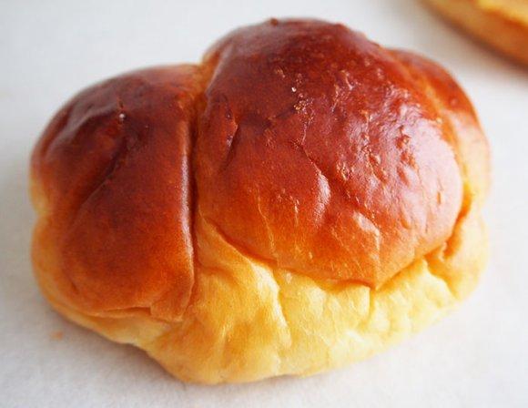 あの「博多とりかわ」に塩バターロール!福岡で覚えておきたい人気のお店
