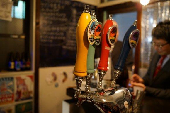 Sサイズは390円!川崎のクラフトビールが気軽に楽しめる店