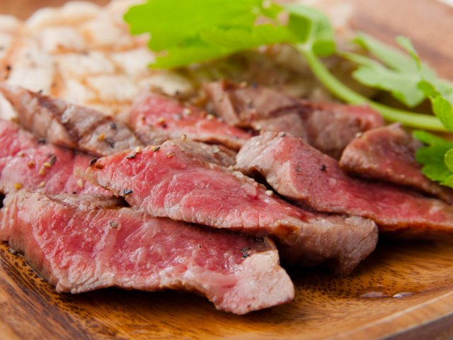 特選肉寿司にA5和牛グリル!3h飲放付で3900円のコースは絶対お得