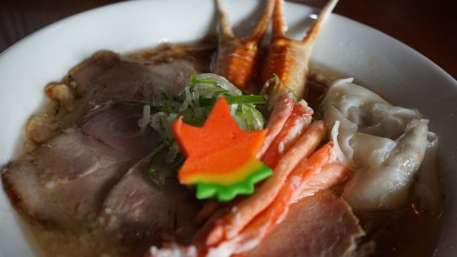 東京の人気店の味をW(ダブル)で味わえる福井の『RAMEN W』
