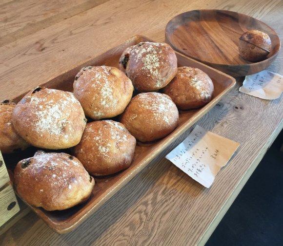 伝説のパン屋「タケウチ」が移転!店名も「生瀬ヒュッテ」にリニューアル