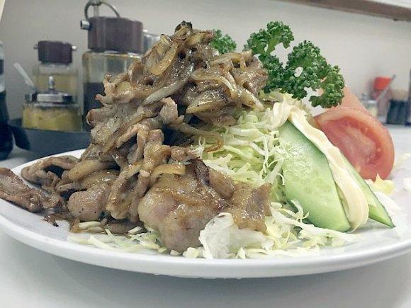 何を食べてもハズレなし!路地の奥にひっそりと佇む昭和な中華料理店