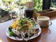 多種多彩な野菜が魅力!新宿で体に嬉しいランチビュッフェ4選