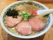 【自家製麺 のぼる】県外からもお客が絶えない人気店のラーメンは必食