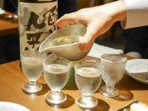 今やこんなにお得に飲めてしまう!コスパ良く日本酒を飲めるお店6記事