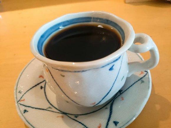 おかずがたくさん・ご飯おかわり無料!コーヒー付で840円の超得ランチ