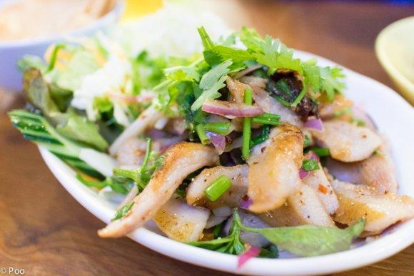 海老チャーハンは思わず唸る美味さ!都会の真ん中で激旨タイ料理を堪能!