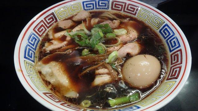 大阪・裏なんばの人気ラーメン店が麺、屋号を一新し再始動!