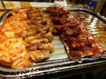 【くるむ】野菜食べ放題&マッコリ飲み放題!新大久保のサムギョプサル屋