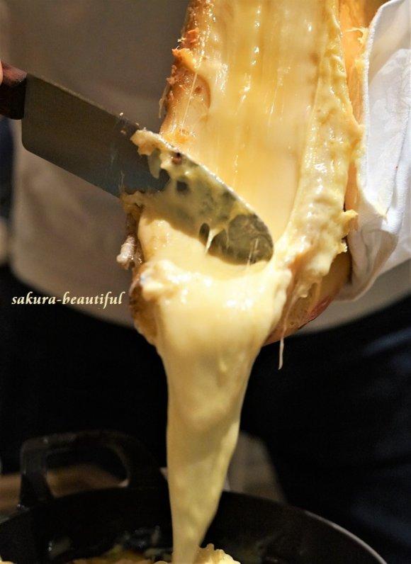 チーズ好き集合!とろ~り溶けるチーズが都内で味わえる「チーズグルメ」