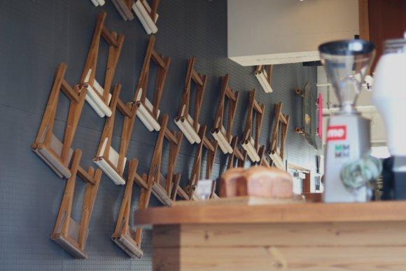 名勝・東尋坊近く!東京の名店出身オーナーが作る本物のグルメバーガー