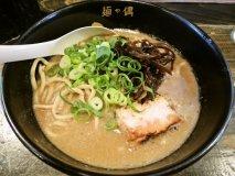 本場博多の名店も!濃厚スープに病みつきな豚骨ラーメン6記事