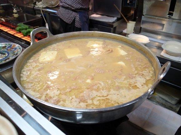 【鏑屋】とろける煮込み鍋は絶品!安くて旨い、大山で愛され続ける名酒場