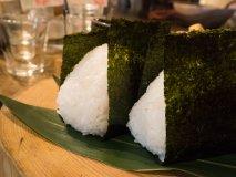 日本人ならおにぎりだ!一口ごとにほっとする釜炊きのおにぎりランチ