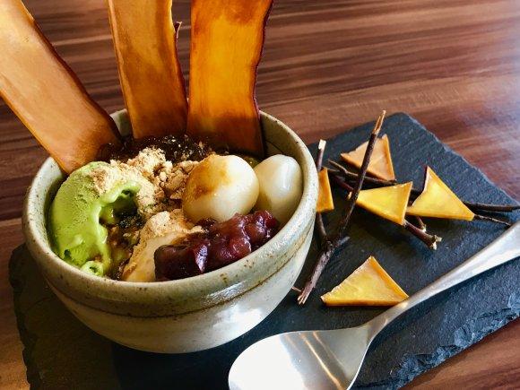 お箸を持つ手が止まらない!絶品ハンバーグと土鍋ごはんが美味しいカフェ