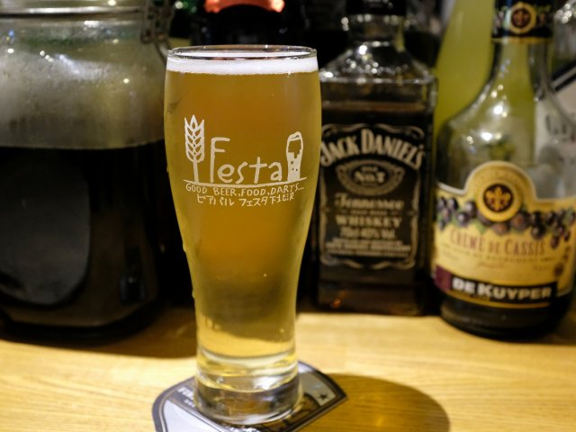 ダーツも楽しめる!樽生クラフトビール12種とつまみが豊富な駅近のお店